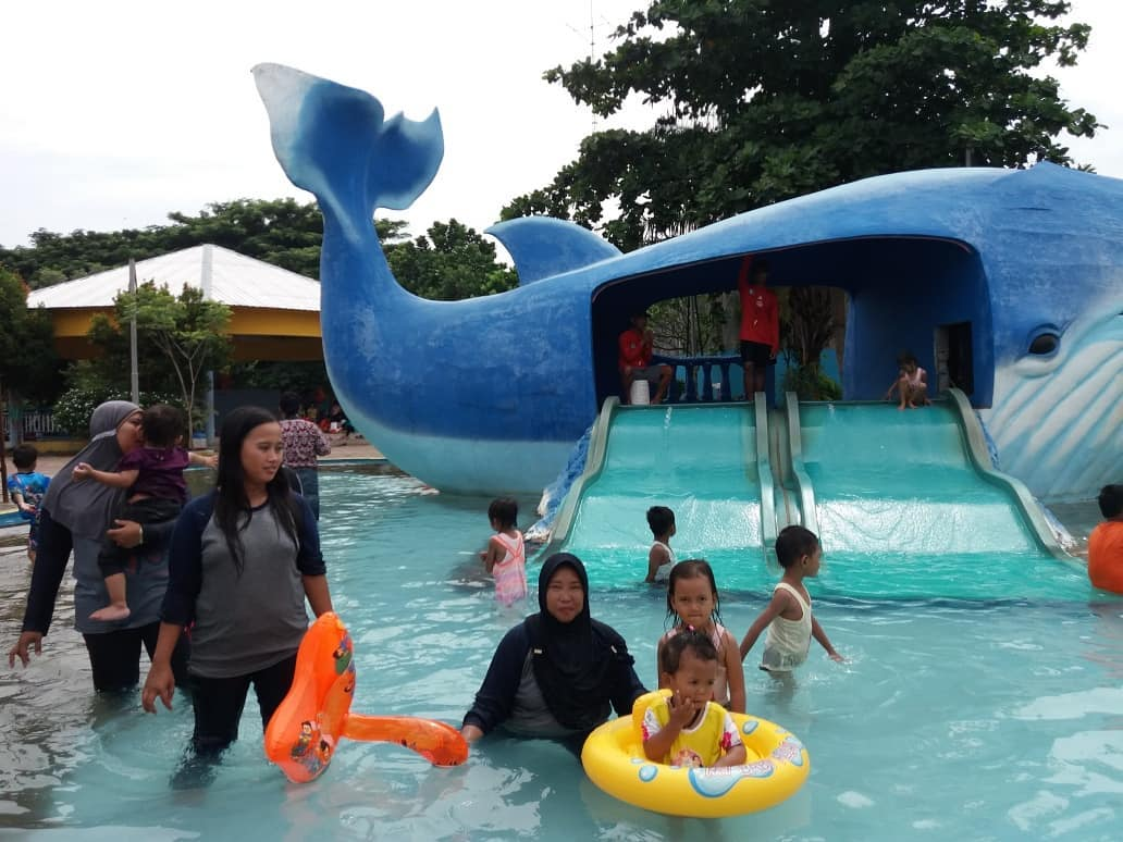 waterpark tegal 2017 rita waterpark tegal waterpark guci tegal foto waterpark tegal gambar waterpark tegal wahana waterpark tegal waterpark bumijawa tegal fasilitas waterpark tegal
